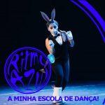 bailarina rina jovem de salsa da escola de dança Ritmo Azul nas aulas de dança online
