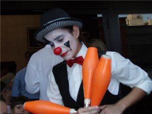 professora de tecido acrobatico e arte circense na escola de dança do Porto - Ritmo Azul